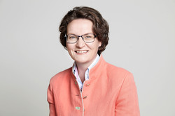 NRW-Bauministerin Ina Scharrenbach (Bildquelle: ©MHKBG 2019 / F. Berger)